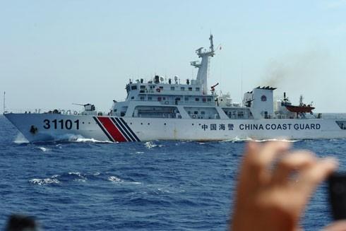 Lực lượng Hải cảnh Trung Quốc vẫn chặn con đường duy nhất nhằm tiếp cận an toàn bãi cạn Scarborough/Hoàng Nham
