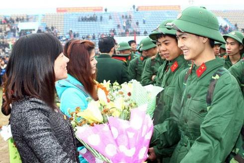 Bất kỳ ai khoác lên mình màu xanh áo lính đều tự hào