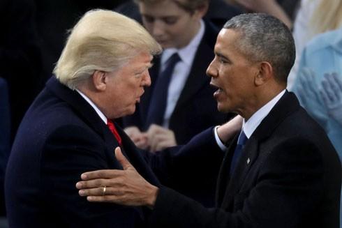 """Ông Donald Trump cáo buộc ông Barack Obama """"nghe lén"""" điện thoại"""