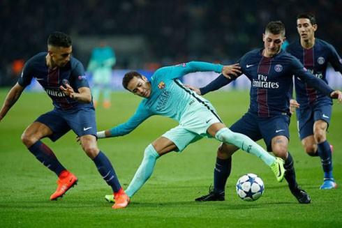 Lượt về vòng 1/8 Champions League: Nou Camp chờ phép màu ảnh 1