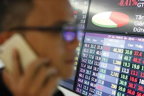 """Đầu cơ cổ phiếu tăng """"nóng"""": Coi chừng """"ôm bom"""" chứng khoán ảnh 1"""