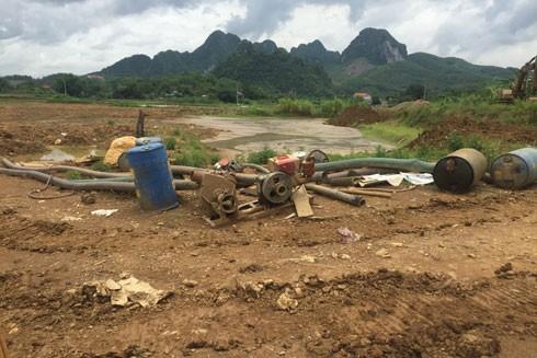 Bãi đào đãi vàng tại Kim Bôi, Hòa Bình núp bóng đào ao thả cá ở xã Mỵ Hòa