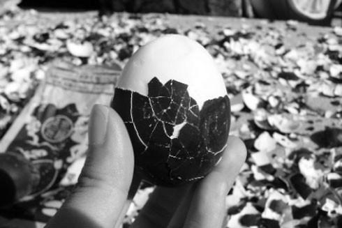 Nơi đây nổi tiếng với món trứng luộc trong các suối nước nóng, điều đặc biệt trứng chuyển sang màu đen và có mùi nhẹ của sulfuric
