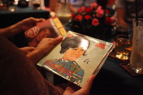 Nhiều người chọn nghe đĩa than bởi chất lượng âm thanh và tìm về kỷ niệm