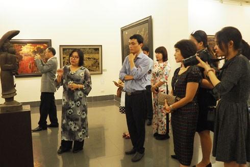 """Điểm nhấn của """"Tuyến du lịch vàng"""" là sản phẩm du lịch với chủ đề """"Truyền thống hiếu học"""" tại Bảo tàng Mỹ thuật Việt Nam"""