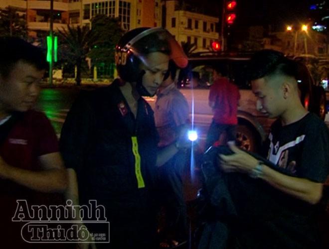 Đêm đầu tiên thực hiện Mệnh lệnh 01 của Giám đốc CATP Hà Nội: Tiền đề cho thế trận phòng ngừa bền vững ảnh 3