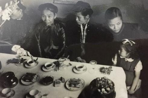 Khách mời dự đám cưới thập niên 1960-1970 (Ảnh Internet)