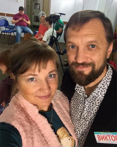 Bà Olga và ông Viktor, lãnh đạo Trung tâm Zeora