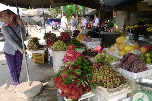 Các sạp hàng trái cây cũng sẽ phải đáp ứng các điều kiện kinh doanh