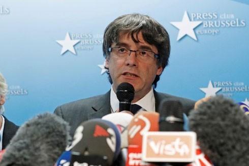 Ban lãnh đạo Catalonia bị tòa án Tây Ban Nha triệu tập ảnh 1