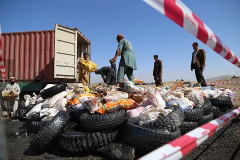 """Cuộc chiến chặn """"nguồn sống"""" của Taliban từ sản xuất và buôn lậu ma túy ảnh 1"""
