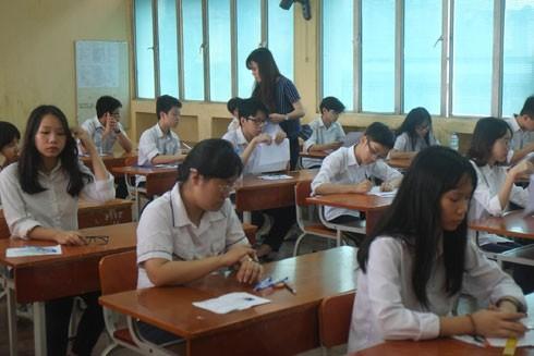 Cho sinh viên thôi học giữa chừng: Việc đáng tiếc nhưng là bắt buộc