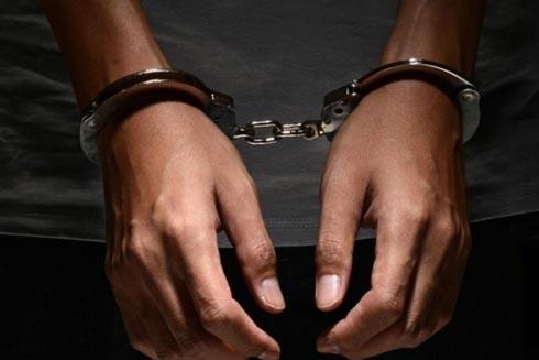 Biết mình bị HIV mà phạm tội hiếp dâm sẽ phải đối mặt án tử hình ảnh 1