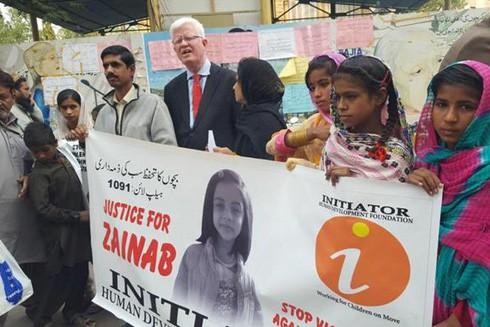 Làn sóng biểu tình đòi công lý cho Zainab ở Kasur, Punjab, Pakistan