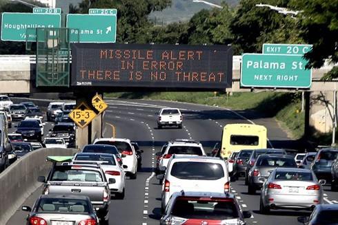 Thông báo báo động nhầm sau đó đã được phát đi ở Hawaii