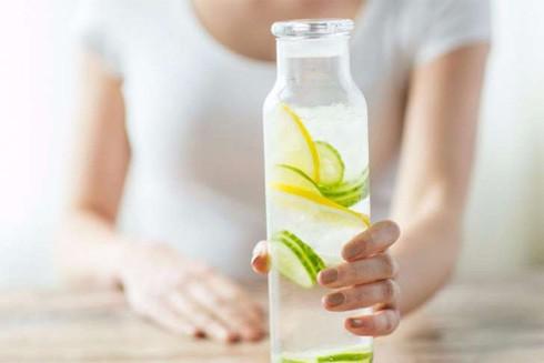 Khi nào nên uống nước chanh sẽ tốt nhất?