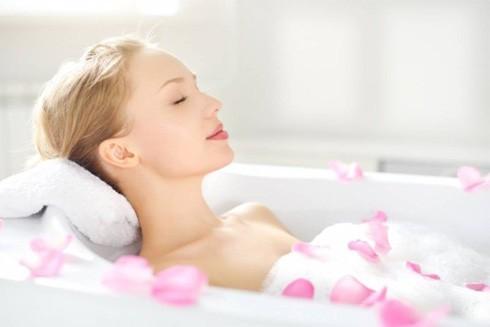 Khoa học chứng minh tác dụng của việc tắm bồn đối với sức khỏe ảnh 1