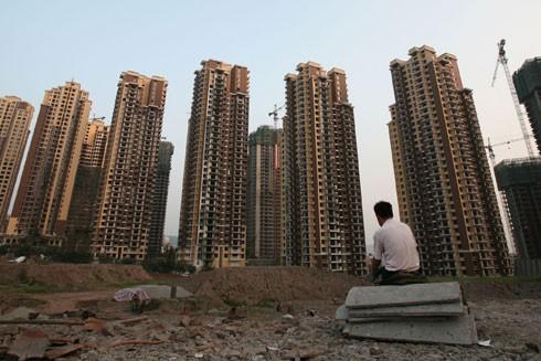 Thị trường bất động sản dư thừa là một trong những nguyên nhân khiến các khoản nợ của Trung Quốc tăng cao