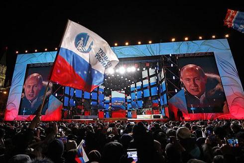 6 năm đầy thách thức với ông Vladimir Putin sau khi tái đắc cử Tổng thống Nga
