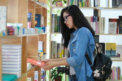 Thư viện nơi vỉa hè ảnh 1