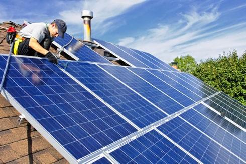 Mỗi mái nhà của người dùng sẽ trở thành một nhà máy điện mặt trời thu nhỏ khi tham gia vào Dự án Sunroof của Google