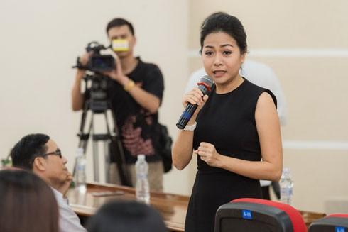 Nữ doanh nhân Trần Uyên Phương thường xuyên giao lưu, tọa đàm với các sinh viên về chủ đề khởi nghiệp