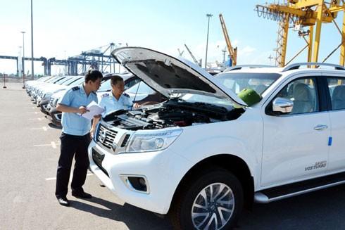 Ô tô nhập khẩu thuế suất 0% vẫn chật vật mới về được Việt Nam