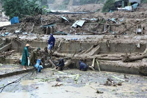 Mưa lũ gây thiệt hại lớn về người và của tại các tỉnh phía Bắc