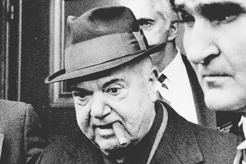 Salerno (đội mũ) - chủ gia đình mafia Genovese