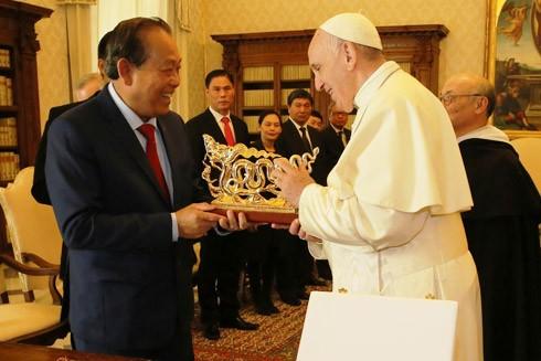 Giáo hoàng Francis bày tỏ tình cảm yêu mến Việt Nam ảnh 1