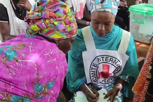 Nhóm khủng bố tàn bạo Boko Haram tấn công các tổ chức nhân đạo từ phương Tây ảnh 1