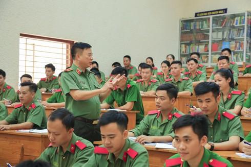 Phát huy vai trò của đội ngũ nhà giáo CAND trong xây dựng đội ngũ cán bộ Công an các cấp đủ phẩm chất, năng lực và uy tín, ngang tầm nhiệm vụ ảnh 5