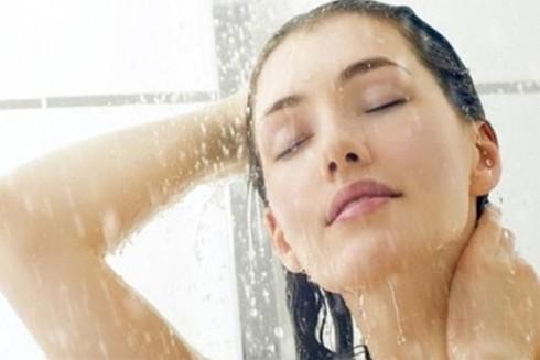 Thời gian tắm tốt nhất cho sức khỏe là bao lâu? ảnh 1