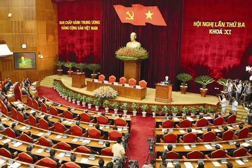 """Vấn đề """"tư duy nhiệm kỳ"""" lần đầu tiên được Tổng Bí thư Nguyễn Phú Trọng nhắc đến từ Hội nghị Trung ương 3 khóa XI"""