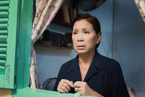 Nghệ sĩ ưu tú Kim Xuân: Sau vai diễn là gia đình ảnh 2