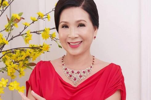 Nghệ sĩ ưu tú Kim Xuân: Sau vai diễn là gia đình ảnh 1