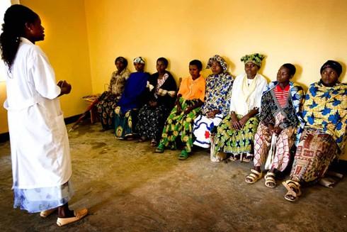 """""""Trung tâm một cửa"""" hỗ trợ nạn nhân bị bạo lực tình dục ở Rwanda ảnh 1"""