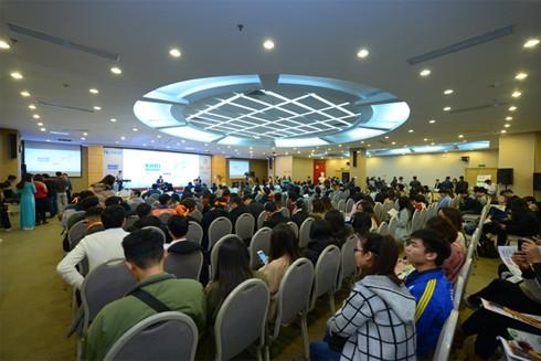 Hơn 500 bạn trẻ từ các trường đại học, đại diện các dự án đã đến tham gia Festival Khởi nghiệp 2019