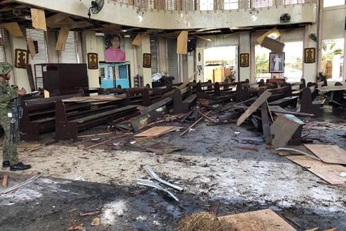 Chính phủ Philippines quyết tâm tiêu diệt các phần tử khủng bố ảnh 1