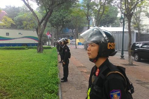 Hình ảnh chiến sĩ CSCĐ khỏe khoắn, mạnh mẽ bảo vệ vòng ngoài đã tạo ấn tượng tốt đẹp cho các đoàn khách quốc tế tới Hà Nội