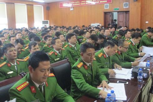 Các cán bộ chỉ huy của lực lượng CSCĐ đã bàn bạc thấu đáo về việc triển khai các phương án đảm bảo an ninh trật tự cho Hội nghị Thượng đỉnh Mỹ - Triều lần thứ hai