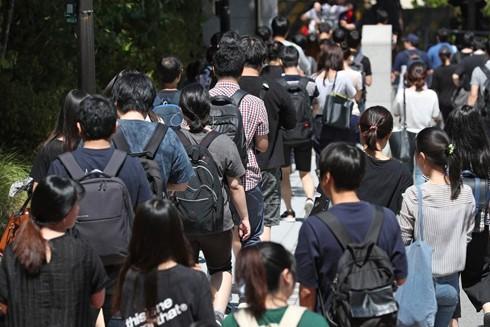 Tỷ lệ thất nghiệp trong giới trẻ Hàn Quốc tăng cao