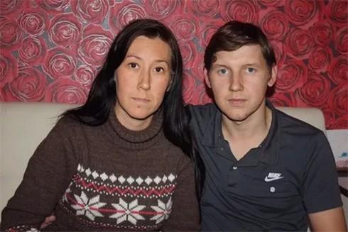 Bản án 24 năm tù cho cặp vợ chồng bỏ đói con trai mới sinh đến chết tại Nga ảnh 1
