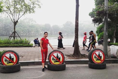 """Những logo của nhóm 9194 Hà Nội tại sự kiện đi bộ kêu gọi """"Đã uống rượu bia - không lái xe"""""""