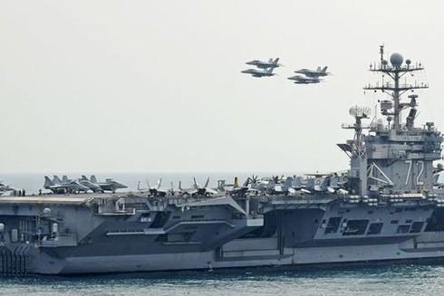 Biên đội tàu sân bay tác chiến USS Abraham Lincoln đến vùng Vịnh khi căng thẳng với Iran đang leo thang