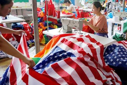 Ngành dệt may của Trung Quốc là một trong những lĩnh vực bị thiệt hại nặng nề nhất do chiến tranh thương mại Mỹ - Trung