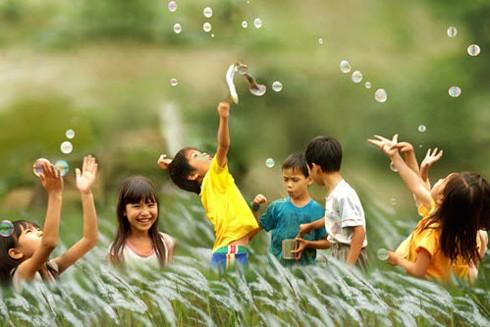 Trẻ em là tương lai của đất nước, được gia đình, nhà nước và xã hội bảo vệ, chăm sóc và giáo dục