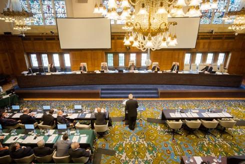 """Tòa trọng tài thường trực đã kết luận yêu sách quyền chủ quyền, quyền tài phán và quyền lịch sử trong phạm vi """"đường lưỡi bò"""" của Trung Quốc là vi phạm các quy định của UNCLOS"""