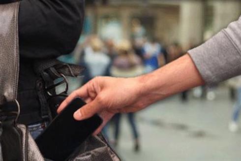 Người có hành vi trộm cắp sẽ bị xử lý theo quy định của pháp luật (Ảnh minh họa)