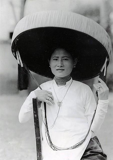 Trang phục của phụ nữ Bắc kỳ thời kỳ 1919 - 1926
